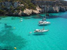 Turismo en Menorca ¿Quieres viajar a Menorca? Encuentra los mejores rincones para visitar Menorca y los mejores precios en vuelos y hoteles.