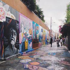 Clarion Alley #MissionDistrict #SanFrancisco #StreetArt