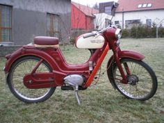 Moto Jawa, Cycling Bikes, Vintage Advertisements, Motorbikes, Techno, Planes, Trains, Photo Galleries, Gallery