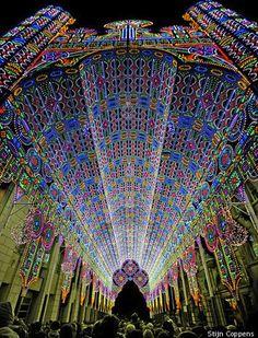 Catedral De Cagna decorada para o Festival de Luzes (Licht Festival) na cidade de Ghent, na Bélgica.