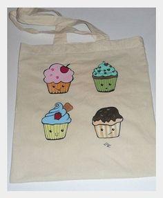 Ręcznie malowana torba z Cupcakes.