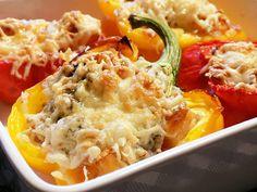 Papriky zapečené s krutonky a Nivou Macaroni And Cheese, Ethnic Recipes, Food, Mac And Cheese, Essen, Meals, Yemek, Eten