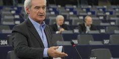 En Arxikos Politis : Χουντής στο ευρωπαϊκό κοινοβούλιο «Ζούμε από το 20...