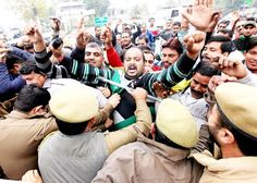 PDD daily wagers during protest at Jammu. -Excelsior/Rakesh
