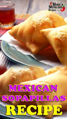 mexican food recipes New Mexican Sopaipillas Recipe is a delicious food that you can eat and match it with vanilla ice cream, it is so easy to prepare Authentic Mexican Recipes, Mexican Food Recipes, Green Chili Recipes, Mexican Desserts, Comida Latina, Plats Latinos, Dessert Oreo, Good Food, Yummy Food