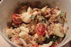 Thunfisch - Salat italienische Art, ein sehr leckeres Rezept aus der Kategorie Eier & Käse. Bewertungen: 48. Durchschnitt: Ø 4,1.