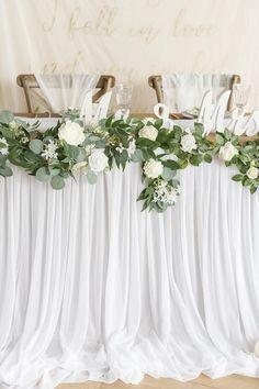 Wedding Table Decorations, Wedding Centerpieces, Centerpiece Ideas, Round Table Centerpieces, Diy Wedding, Wedding Flowers, Wedding Ideas, Long Wedding Tables, Wedding Details