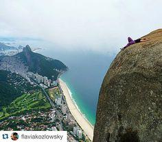 #Repost @flaviakozlowsky with @repostapp.  Pensando aqui .......... Não paguei passagem pra essa viagem. E é a viagem da minha vida !!! Então prefiro viver cansada já que terei uma eternidade pra descansar qdo a viagem acabar   . . @pedradagavea  @rioviagens @ig_riodejaneiro . . #worldplaces #lonelyplanet #trilheirasdobrasil #trilhandomontanhas #trilhandotrilhas #trilhaseaventuras #trilhasetravessias #motivation #trippics #tripaddicts #riodejaneiro #vocenooff #lifeofadventure #photooftheday…