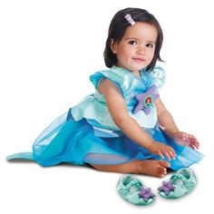 Introduce your little one to Disney for her first Halloween or just as part of dress up time with this all-new Ariel infant costume that's sure to make a splash.