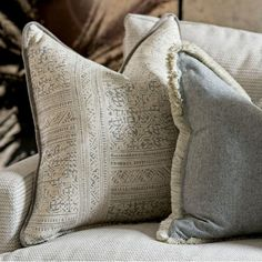 interior design Curtains Made Simple, Roman Blinds, Eclectic Style, Room Set, Throw Pillows, Contemporary, Interior Design, Fabric, Fabrics