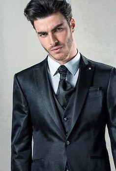 https://i.pinimg.com/236x/eb/30/94/eb3094ab6d117120c7a7d6554066a7ab--male-models.jpg
