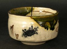 Oribe bowl with crab design, by Rosanjin 北大路魯山人 (1883-1959).
