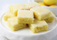 Lemon brownies AKA lemon blondies are super soft and moist bars topped with the most delicious lemon glaze. The perfect refreshing dessert that you'll be making over and over again! Desserts Rafraîchissants, Lemon Desserts, Lemon Recipes, Summer Desserts, Sweet Recipes, Dessert Recipes, Plated Desserts, Yummy Recipes, Baking Recipes