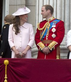 For her final public engagement before the birth of her first child, Kate Middleton the Duchess of Cambridge was pretty in pink thanks to Alexander McQueen Kate Middleton Et William, Prince William Et Kate, Princesse Kate Middleton, Prince George Alexander Louis, William Kate, Prince Henry, Prince Charles, Princess Charlotte, Princess Diana