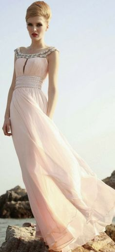 Hey Fashionista, Your Fashion Addict present you 11 Beautiful Evening Gowns that can inspire you for your next special event. These beautiful gowns are the Beautiful Maxi Dresses, Beautiful Gowns, Pretty Dresses, Beautiful Outfits, Gorgeous Dress, Evening Dresses, Prom Dresses, Wedding Dresses, Dresses 2014