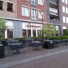 Oud-Beijerland Werelds aan de kade Terrace Restaurant, Store Fronts, Rotterdam, Netherlands, Holland, Restaurants, Lunch, Patio, Dinner
