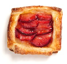 Pluot Tart - use the hybrid fruit that is only available in the summer for these delectable tarts.