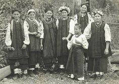 Горлівка, Донецька область, Україна. 1954 рік  #бабусиніскарби #Україна #старовина #вишиванка #oldphoto