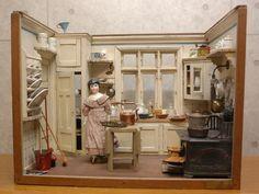Antique German Dollhouse s Kitchen c 1912 Antique Dollhouse, Dollhouse Dolls, Dollhouse Miniatures, Miniature Rooms, Miniature Kitchen, Mini Kitchen, Toy Kitchen, Doll House Crafts, Shabby