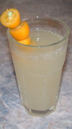 Powerdrink mit Ingwer, Honig und Zitrone