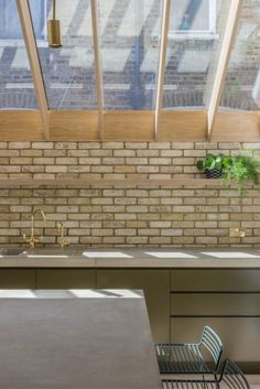 Monson Road - Jo Cowen Architects Home Decor Kitchen, Kitchen Living, Home Living Room, Kitchen Interior, Interior And Exterior, Kitchen Design, Living Spaces, Kitchen Extension Roof Ideas, House Extension Design