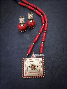 Product Features: Color: Red and White Material: Clay Design: Modern and Contemporary Dimension: 12 cm Height x 8 cm Width Product Weight: 100 Gram Occasion: Wedding Disclaimer: There will be slight difference in Digital to actual Image Terracotta Jewellery Making, Terracotta Jewellery Designs, Funky Jewelry, Handmade Jewelry, Fashion Jewelry Stores, Fashion Jewellery, Teracotta Jewellery, Discount Jewelry, Necklace Set