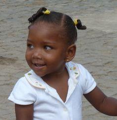 Petite fille du Cap Vert. Photo de mon amie Dacaio.
