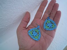 crochet earrings green and turquoise por PashaBodrum en Etsy,