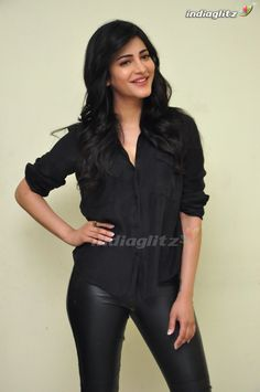 Picture 13 of Shruti Hassan Premam Interview All Indian Actress, Indian Actress Gallery, Beautiful Indian Actress, Beautiful Asian Girls, Bollywood Cinema, Bollywood Photos, Hindi Actress, Bollywood Actress, Indian Celebrities