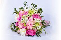Svatební kytice - Flora-svatby.cz Floral Wreath, Wreaths, Decor, Floral Crown, Decoration, Door Wreaths, Deco Mesh Wreaths, Decorating, Floral Arrangements