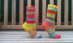 pattern on Ravelry - YORKSHIRE YARNS mismatched socks  http://www.ravelry.com/patterns/library/yorkshire-yarns-mismatched-socks
