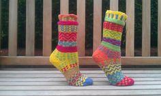 pattern on Ravelry - YORKSHIRE YARNS mismatched socks  http://www.ravelry.com/patterns/library/yorkshire-yarns-mismatched-socks