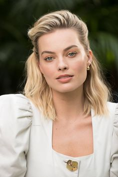 Celebrities - Margot Robbie Photos collection You can visit our site to see other photos. Margot Robbie Photos, Margot Robbie Style, Margo Robbie, Margot Robbie Harley Quinn, Actriz Margot Robbie, Richard Curtis, Danielle Panabaker, Beautiful Female Celebrities, Fandoms