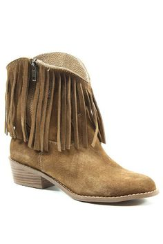 suede fringe short boots. WANT!!