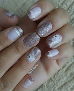 20 Modelos de unhas francesinhas com flor; Veja: 20 Modelos de unhas francesinhas com flor; Us Nails, Pink Nails, Hair And Nails, Elegant Nail Art, French Tip Nails, Nail Decorations, Flower Nails, Creative Nails, Manicure And Pedicure