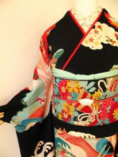 looks like furisode, and I usually try not to tease myself with Kimonos that are inappropriate to me, but I loved the bright colors against the start black, and couldn't help myself. Japanese Outfits, Japanese Fashion, Asian Fashion, Furisode Kimono, Kimono Fabric, Traditional Kimono, Traditional Dresses, Traditional Fashion, Japanese Textiles