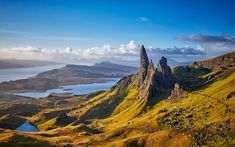 How to find the perfect Scottish island for your holiday Colorful Mountains, Skye Scotland, Places In Europe, Scottish Islands, Beautiful Places In The World, Most Beautiful, Nature Reserve, World Heritage Sites, Land Scape