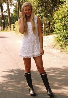 girl In wellingtons