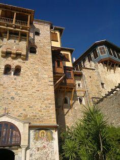 Vladimir Kozarenko – Google+ Mansions, House Styles, Google, Home Decor, Decoration Home, Manor Houses, Room Decor, Villas, Mansion
