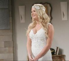 Courtney makes a beautiful bride and is all ready to walk down the aisle! @kelligoss @CBSDaytime #YR