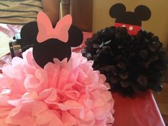Table Martha Stewart half poms for a Mickey Mouse & Minnie Mouse themed birthday.