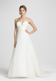 Love the sweetheart neckline on this lace & silk organza wedding gown.
