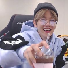 Baekhyun, When You Smile, Your Smile, Hapkido, Exo Memes, Exo K, Chanbaek, Meme Faces, Kpop Aesthetic
