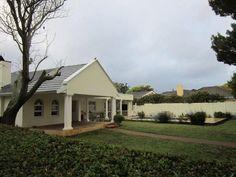 Bergvliet property for sale.http://www.greeff.co.za/properties-for-sale-bergvliet/0-0-0-1-sgreeff10189