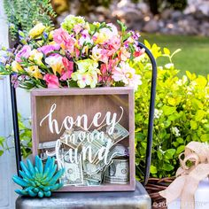 Take the stress out of your big day with swoon-worthy ceremony & reception decor!