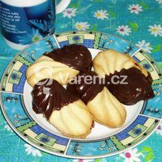 Fotografie receptu: Čajové pečivo Pancakes, Pudding, Breakfast, Desserts, Food, Morning Coffee, Tailgate Desserts, Deserts, Eten