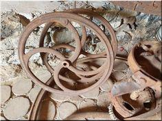 Vintage dekorációk, bútorok - # Loft bútor # antik bútor#ipari stílusú bútor # Akác deszkák # Ágyásszegélyek # Bicikli beállók #Bútorok # Csiszolt akác oszlopok # Díszkutak # Fűrészbakok # Gyalult barkácsáru # Gyalult karók # Gyeprács # Hulladékgyűjtők # Információs tábla # Járólapok # Karámok # Karók # Kérgezett akác oszlopok, cölöpök, rönkök # Kerítések, kerítéselemek, akác # Kerítések, kerítéselemek, akác, rusztikus # Kerítések, kerítéselemek, fenyő # Kerítések, kerítéselemek, fém #…