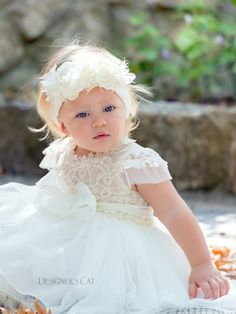 Vivian ivory - Christening dress with lace bodice and tulle skirt, decorated with pearls and silk belt
