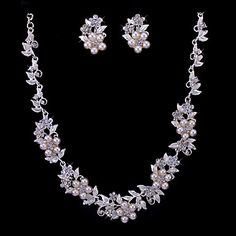 Pearl & Rhinestone Blossoms Bridal Necklace And Earring Set – CAD $ 31.96