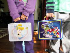 busy box ideas to keep kids amused at restaurants, waiting rooms, etc.